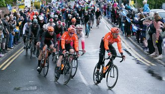 Tour de Yorkshire peloton rides through Brough, East Yorkshire
